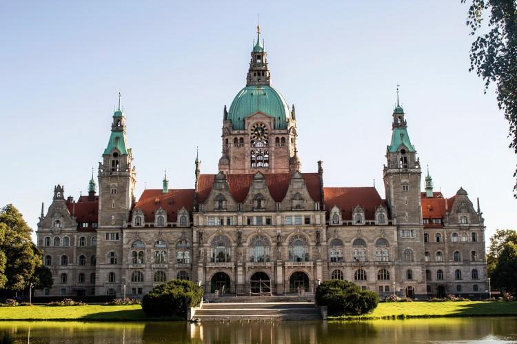 Rathaus Hannover Deutschland - Messe CeBIT 2018: Digitalisierung, IoT, Blockchain, Künstliche Intelligenz